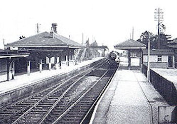 Aldermaston Station